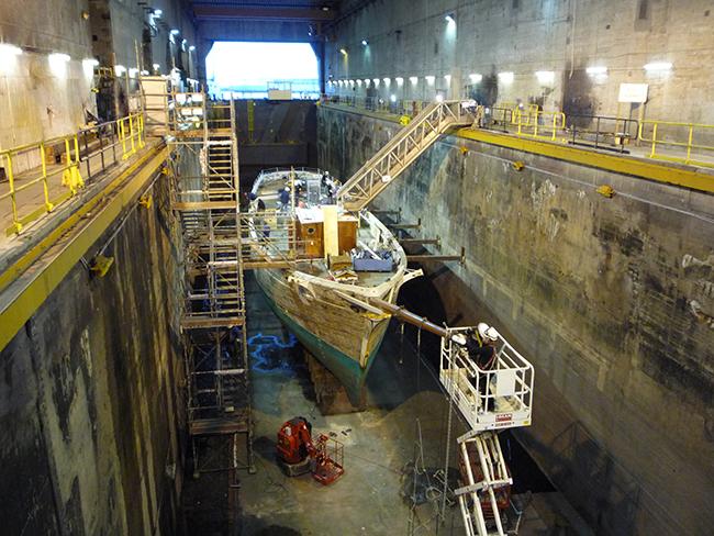 photographie prise dans l'ancienne base sous marine de Brest.